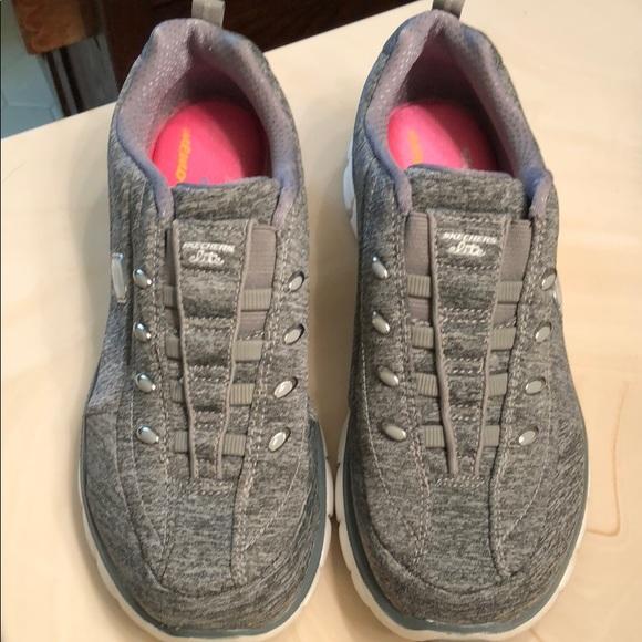 Sketchers Elite Memory Foam Sneakers No